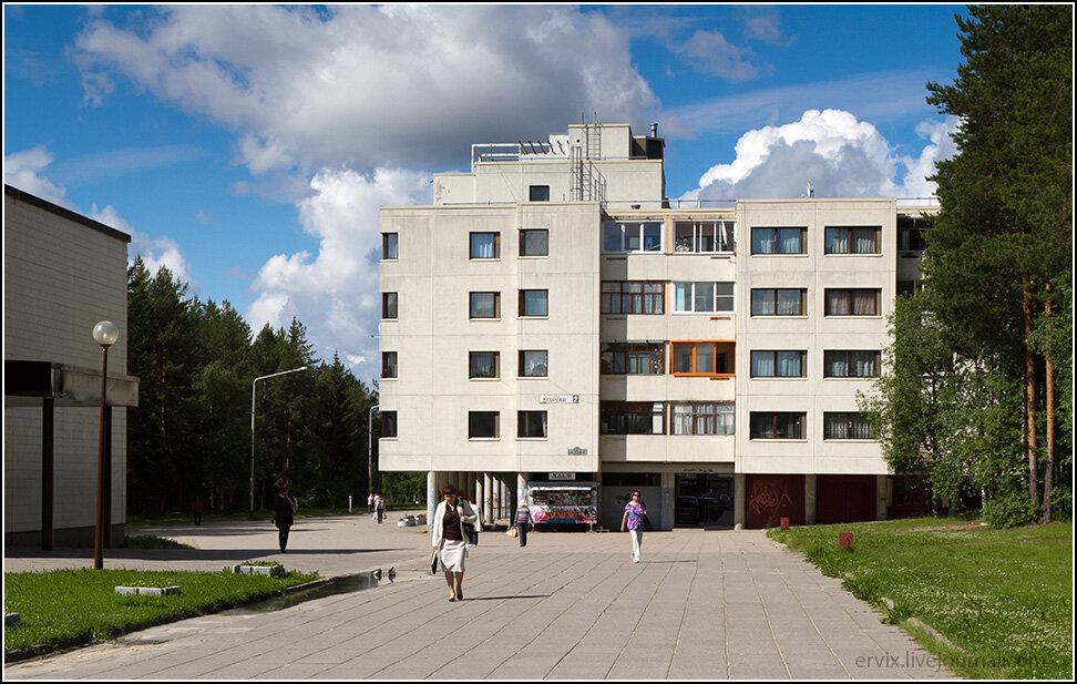 Жилой дом в центре Костомукши