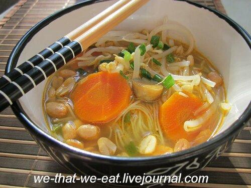 Суп с рисовой лапшой