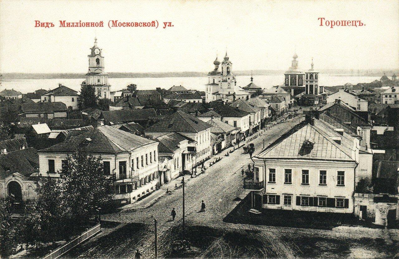 Миллионная улица, вид с колокольни Благовещенской церкви