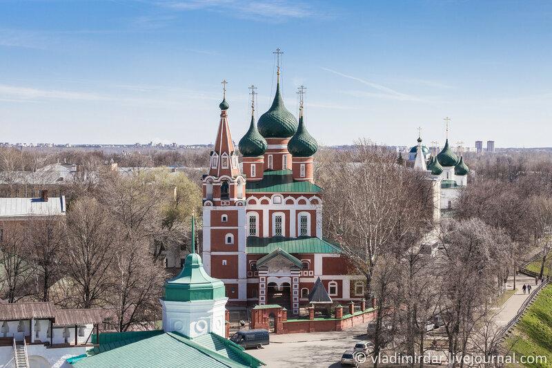 Церковь Михаила Архангела. Которосльная набережная, 67. Ярославль