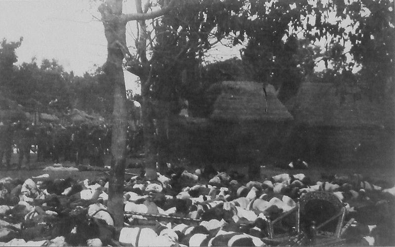 800px-Badung_Puputan_1906.jpg