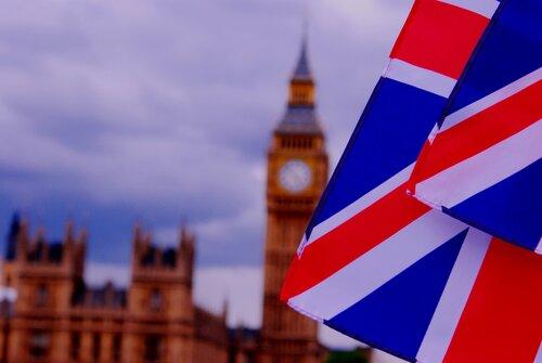 Великобритания зафиксировала рекордно низкий уровень безработицы