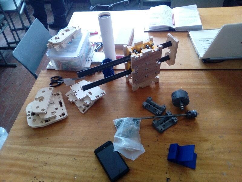 Фрезер-модель2-сборка некоторых блоков-01.jpg