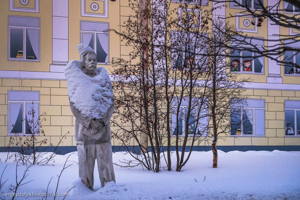 17. Максим Горький похож на бравого казака: