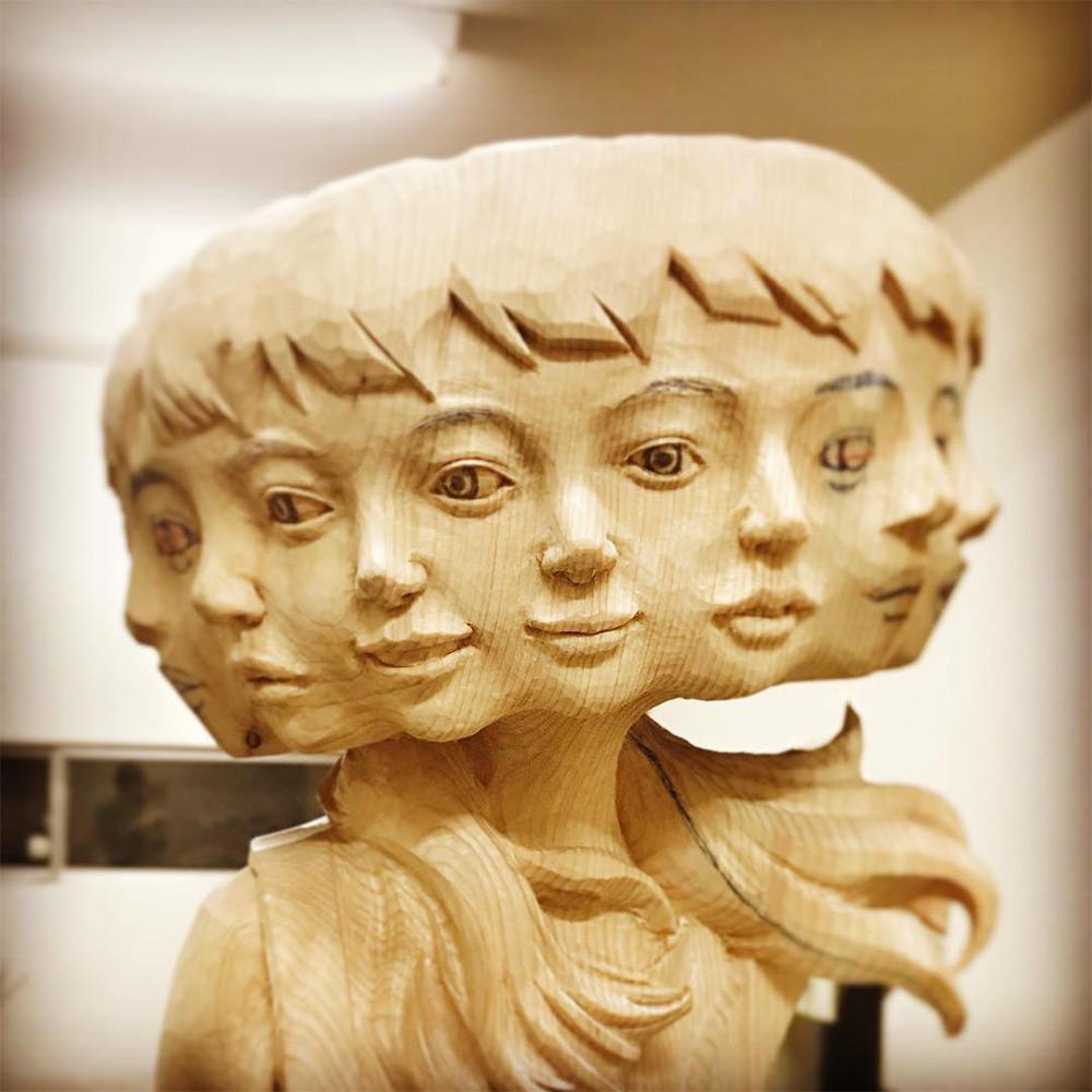 Вдохновившись случайной и хаотичной природой глитч-арта, японский скульптор Йошитоши Канемаки воссоз