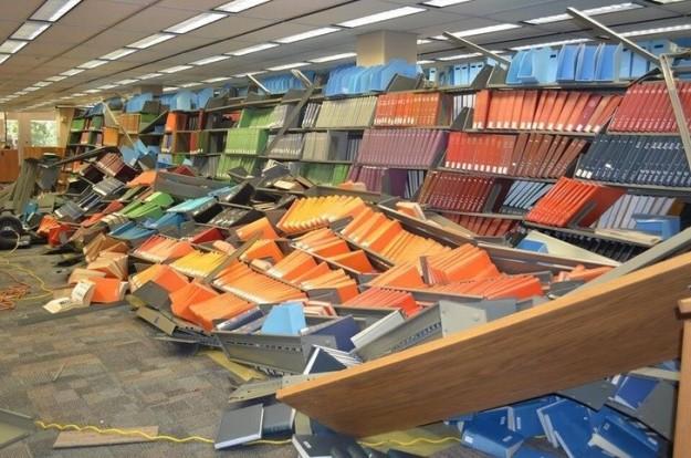 Помянем библиотекарей, после такого им ночевать на работе.