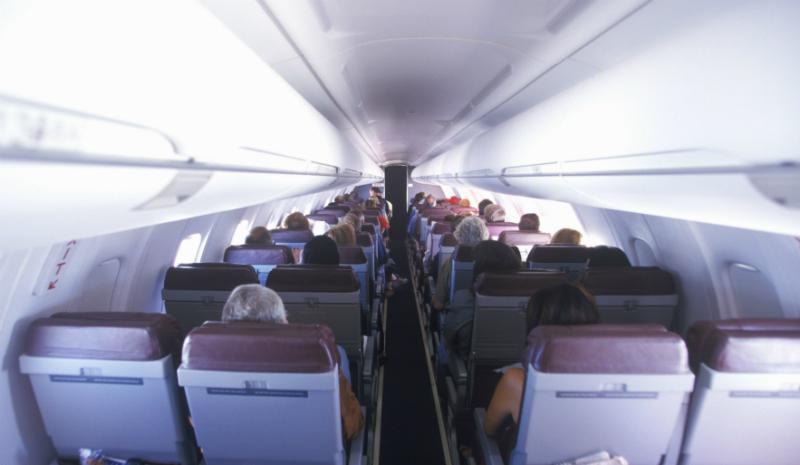 А тех, кто умер на борту, вы оставляете в своих креслах? Да. Слава богу, я никогда не была в подобно