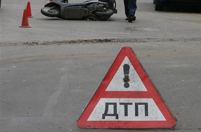 Глава УФМС поОхотскому району сбил людей наобочине и убежал