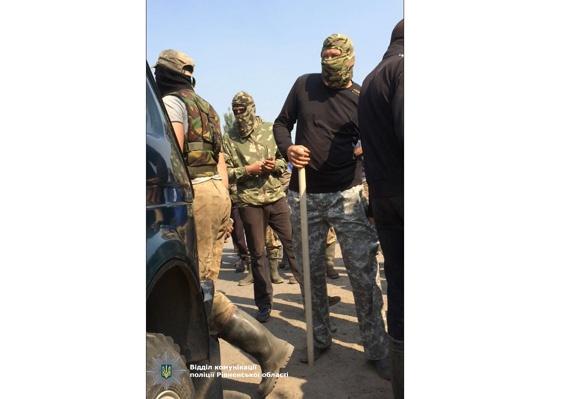 Милиция начала расследование массовых беспорядков вРовенской области