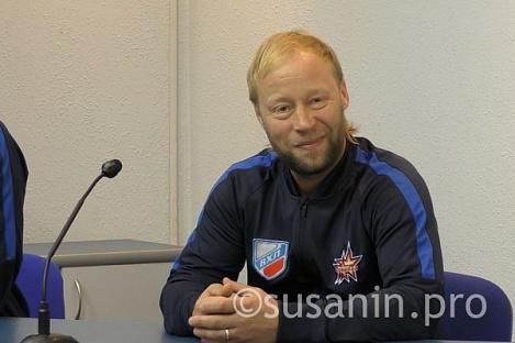 Вхоккейной «Ижстали» сменился главный тренер
