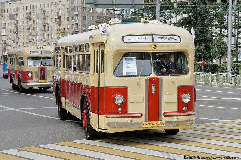 Лето. Парад автобусов. 13.08.16.10..jpg