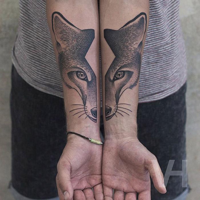 As tatuagens simetricas de Valentin Hirsch encontram o equilibrio perfeito entre natureza e Geometria (11 pics)