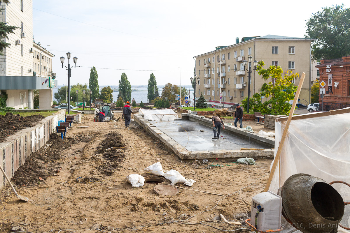 Строительство пешеходной зоны Саратов фото 31