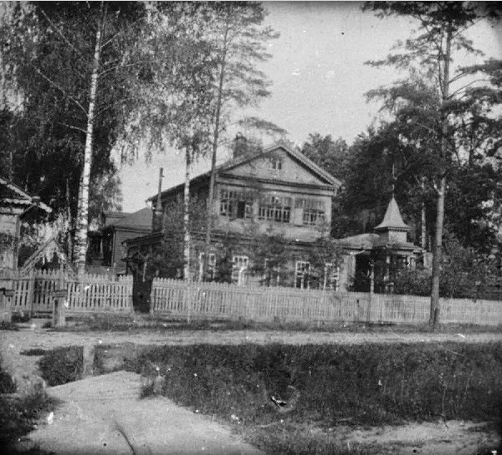 1910. Дача Авдониных в Новогиреево