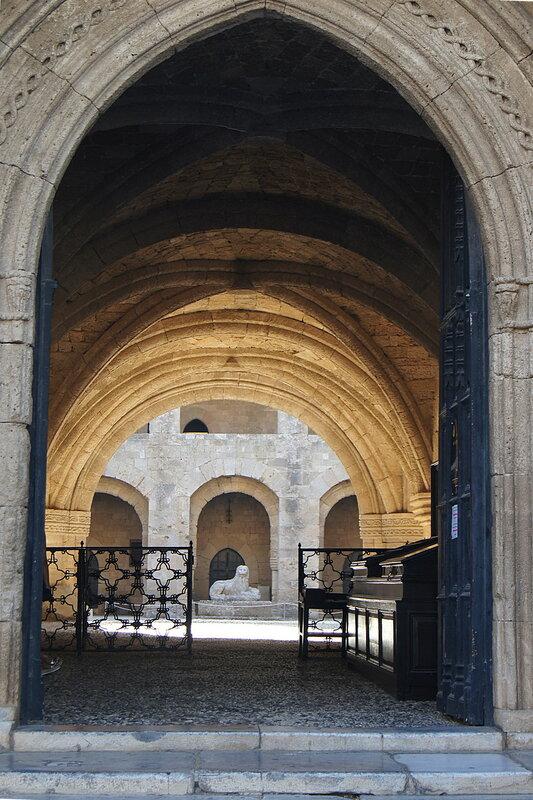 Археологический музей в городе Родос. Греция.