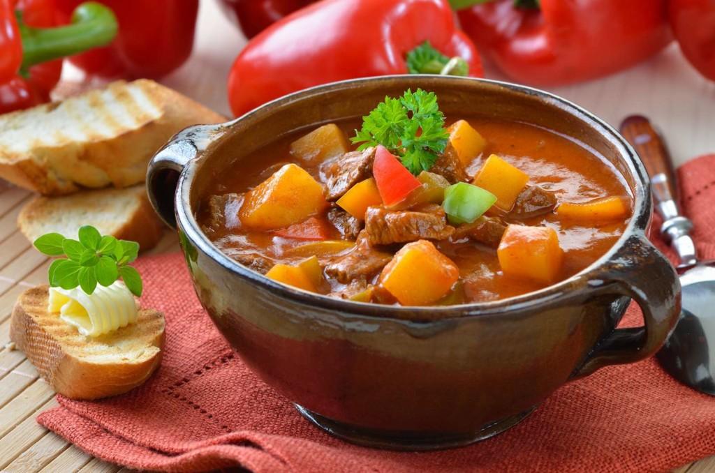 Свинина в пикантном соусе по польски