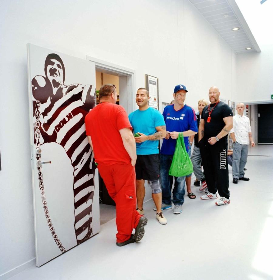 2. Прямо в тюрьме есть магазин, в котором могут приобрести все необходимое заключенные.