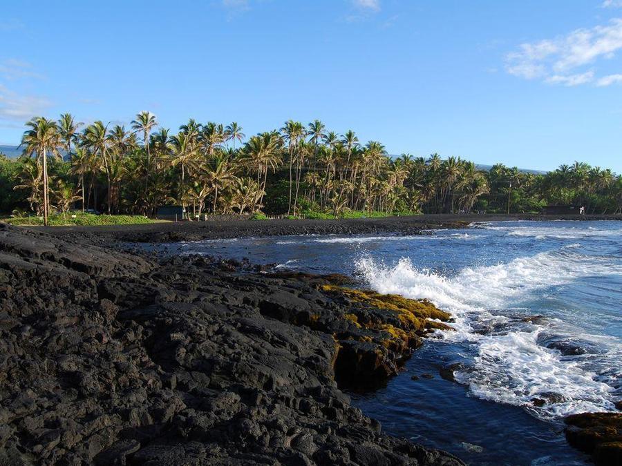 10. Пляж Пуналуу, Гавайи