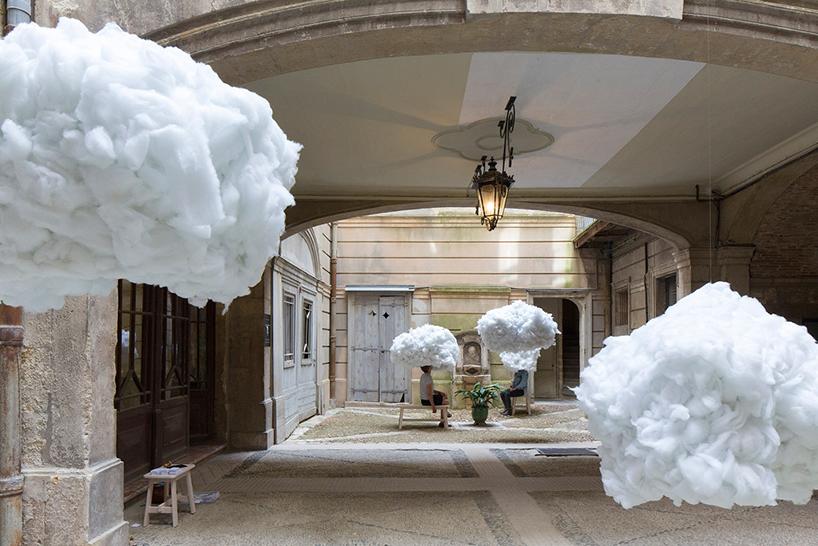Инсталляция «Витать в облаках» во Франции (8 фото)