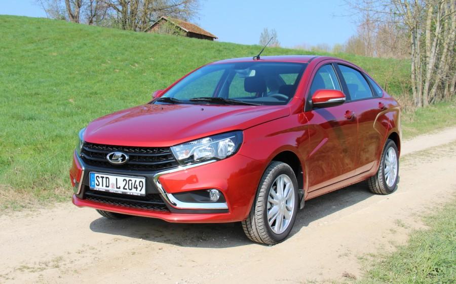 Германские  специалисты : Лада  Vesta— «слишком дорогая дешёвая машина»