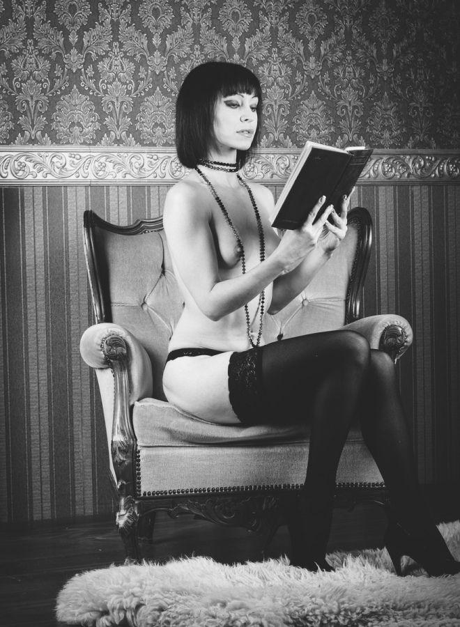 Девчонки учатся читать
