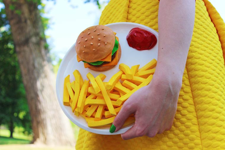 Yummy Fashion - Colourful accessories inspired by junk food and sweets