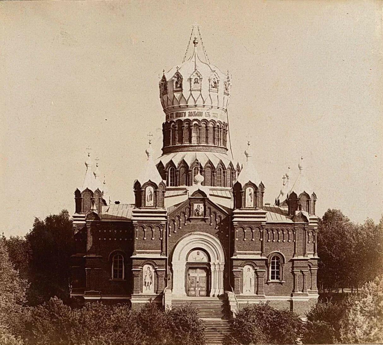 Николо-Бабаевский монастырь. Собор во имя Иверской иконы Божией Матери