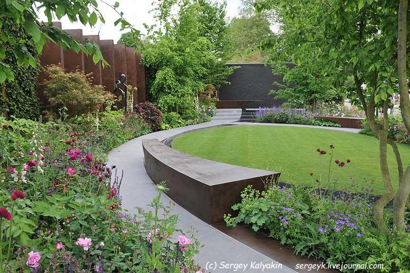 The Chelsea Barracks Garden (1).jpg