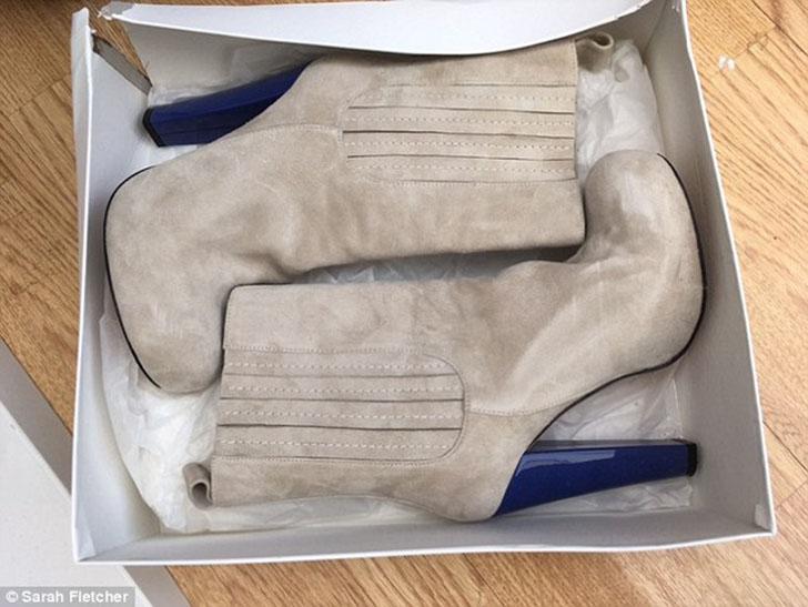 Среди таких вещей — пара замшевых сапог с синими каблуками, которые она купила до свадьбы в 2010 год