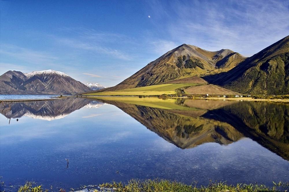 Озеро ледникового происхождения Колридж.
