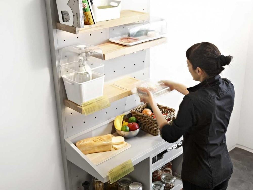 6. Продукты хранятся в прозрачных контейнерах, внутреннюю температуру которых можно регулировать с п