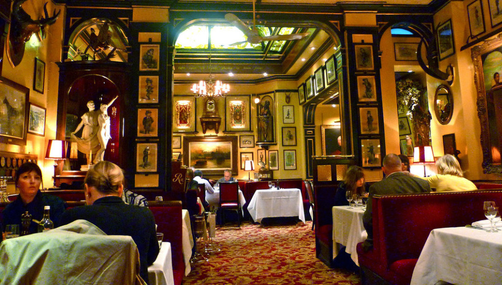 Rules Restaurant в Лондоне был открыт в 1798 году.