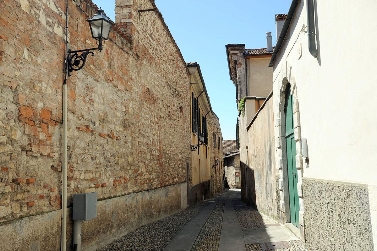 2. Интересный факт: Брешиа является одним из городов, взятых Суворовым в ходе итальянского похода ру