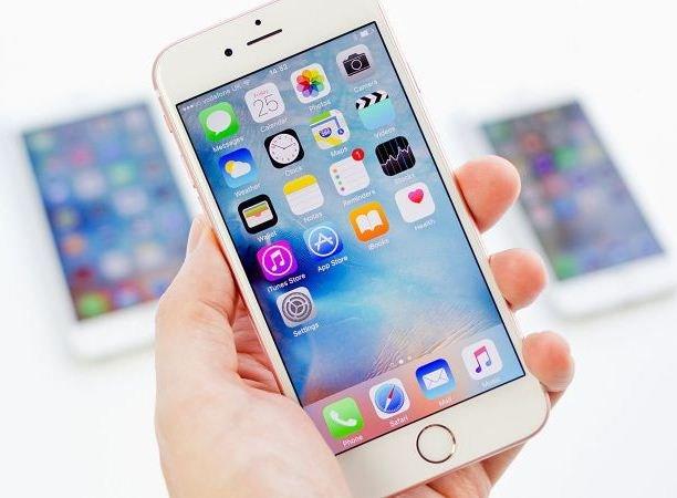 Компания Apple выпустила IPhone 6 образца 2017 года