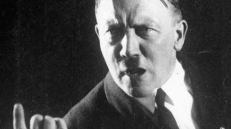 Навыставке вИталии представили картину Гитлера
