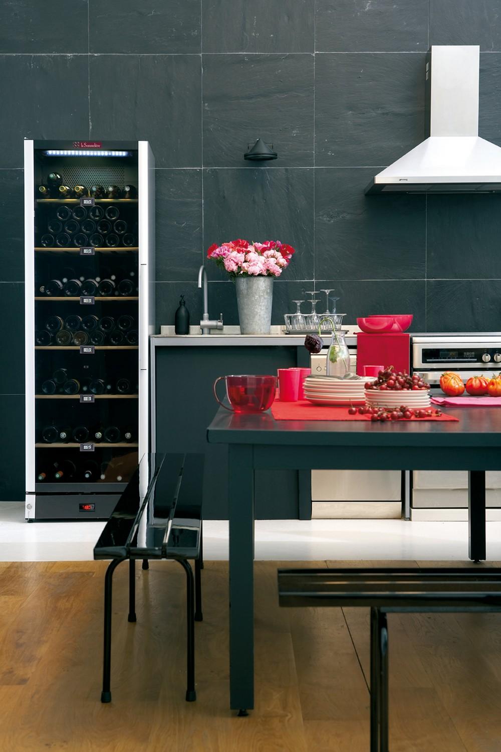 винные шкафы LaSommeliere в Краснодаре - купить винный шкаф - акции, скидки, винотека алкомаркет Краснодар