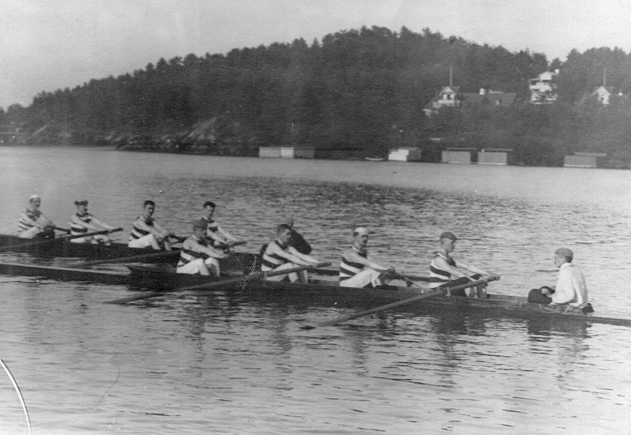 09. Лодка во время соревнований