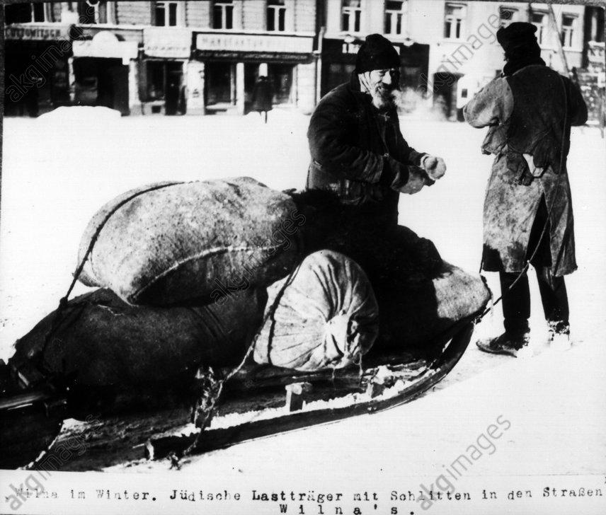 Jьdische Lasttrдger in Wilna / 1915 - Jewish porter in Wilna / 1915 -