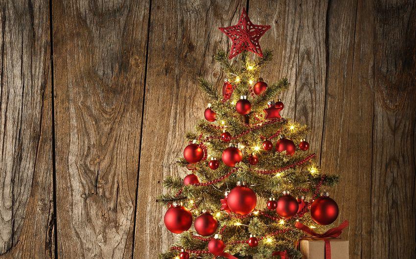 Новогодняя ёлка, игрушки, украшения