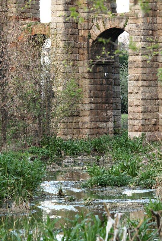Roman bridge over Albarregas creek, Mérida