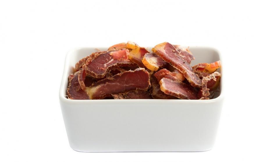 28. ЮАР В ЮАР очень любят вяленое мясо, которое здесь называют билтонг. Для его приготовления беретс