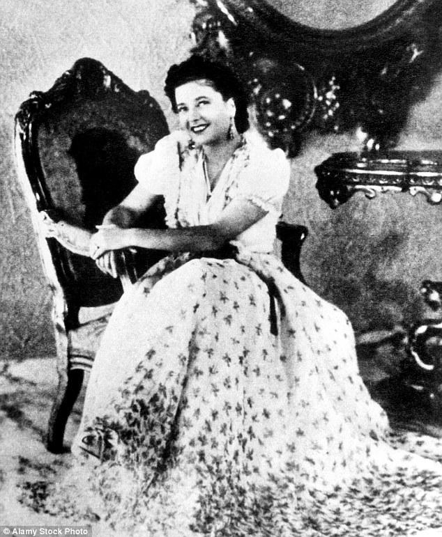 Кларетта Петаччи боготворила Муссолини и сходила по нему с ума с момента покушения на него в 1926 го
