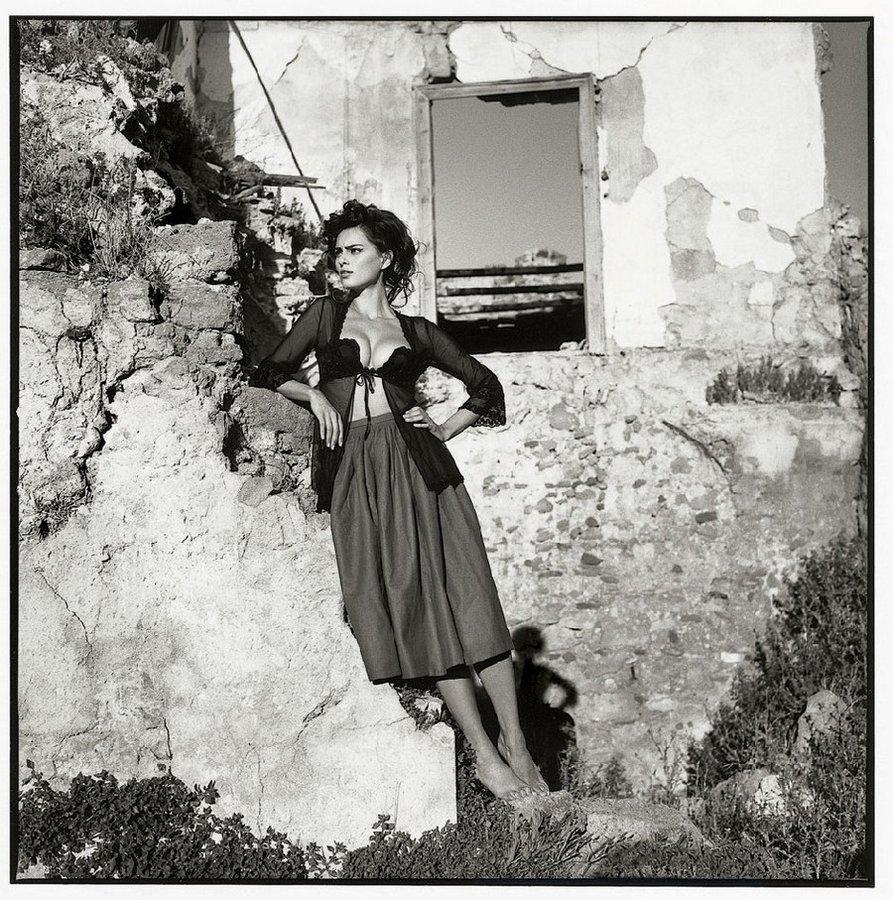 В Европе фотограф работал в крупных журналах и принимал участие в рекламных кампаниях во Франции, Ит
