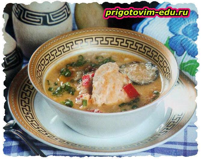 Суп из курицы с баклажанами и яйцами