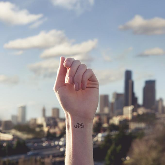 "Serie ""Tiny Tattoos"""