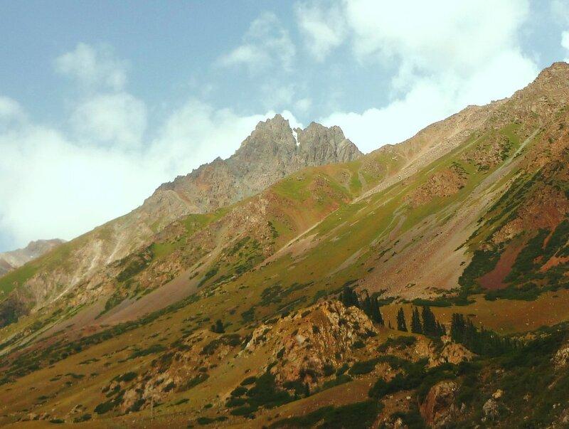 В горах Терскей Ала-Тоо (Тянь-Шань).. Кыргызстан, Барскаун - 03.jpg
