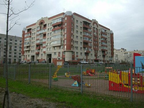 Киришская ул. 4