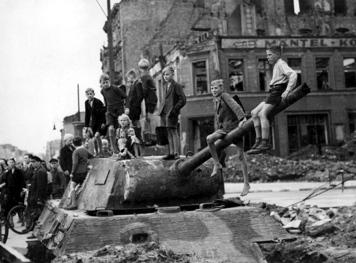 Подбитый танк Pz.V Ausf.G
