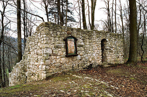 ruine-stauffenburg-1cc0a97f-ffca-483e-a803-419a070c0e54.jpg