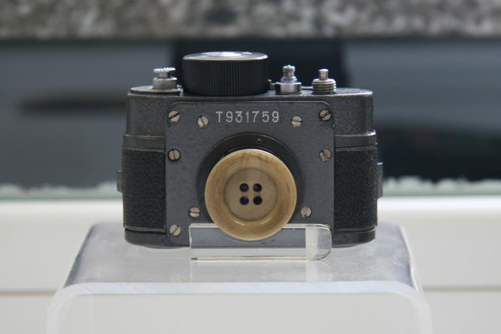 buttonhole-camera-1024x683.jpg